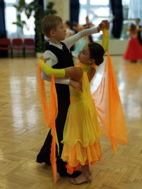 Leila (12 let), tanec