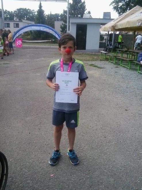 Nikolas (10 let), fotbal, florbal, lední hokej